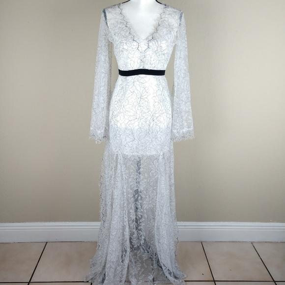 New Latiste Byamy Lace White Black Maxi Dress